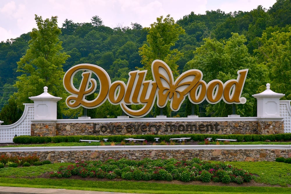 Dollywood Theme Park 30% Off For Military Families